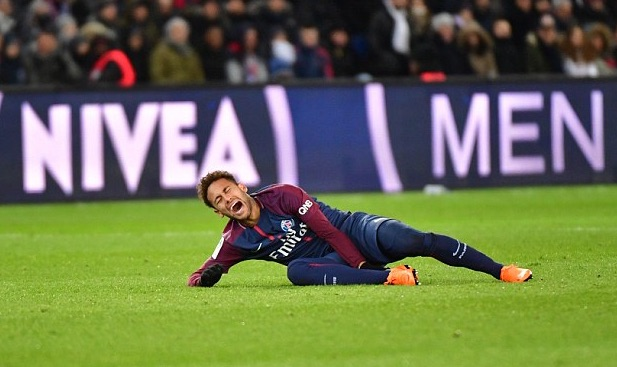 Neymar Jr. cries out after getting injured