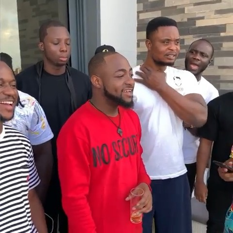 Sydneytalker x Davido – Meeting Of Celebrity